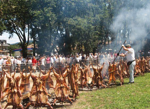Programa de Actividades para la L Festa do Carneiro ao Espeto ®