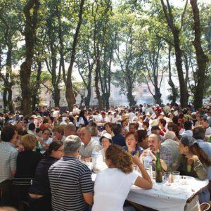 Ya disponibles para consulta el Listado y Mesas para la L Festa do Carneiro ao Espeto®
